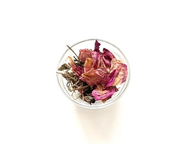 瘀血のお茶(リーフタイプ1ヶ月分)/ ハーブティー 薬膳茶 国産 毎日の体調管理に