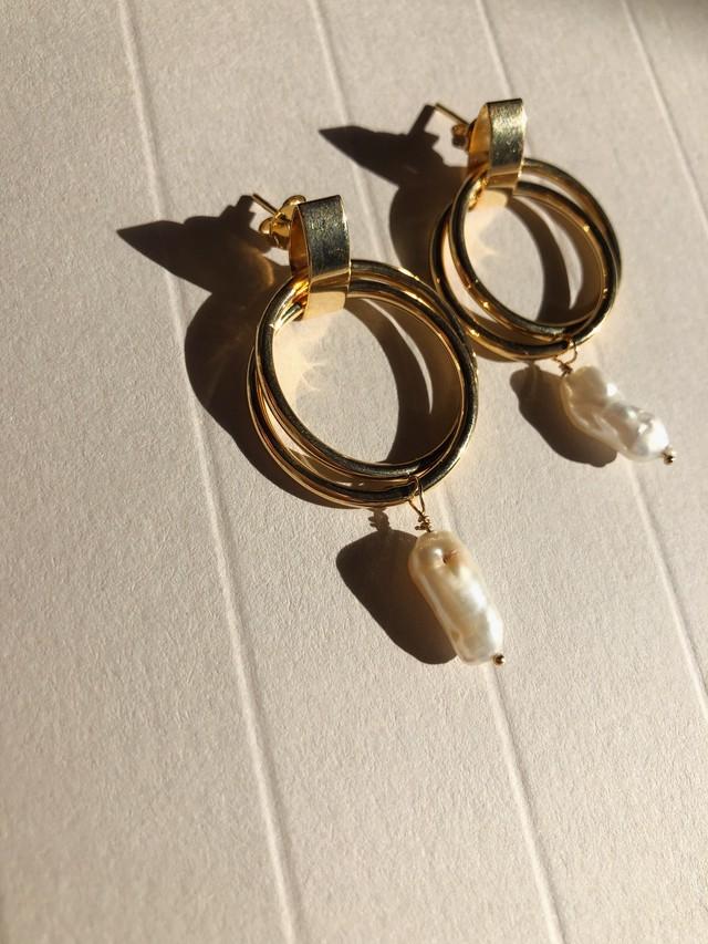 Baby Pearl Design Hoop Pierce.