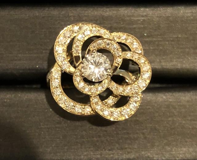 モアサナイト 1カラット オーバル ダイヤモンド ホワイトゴールド