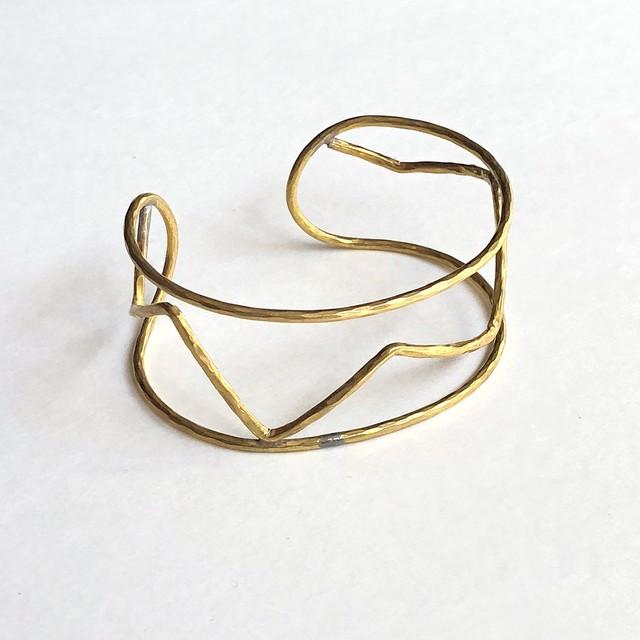 Zigzag wire bracelet BT-002
