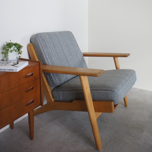 GE290 Easy chair by Hans J Wegner / CH029