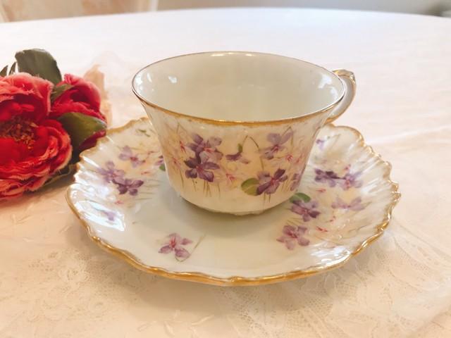 リモージュ スミレの花がいっぱいのカップ 在庫5