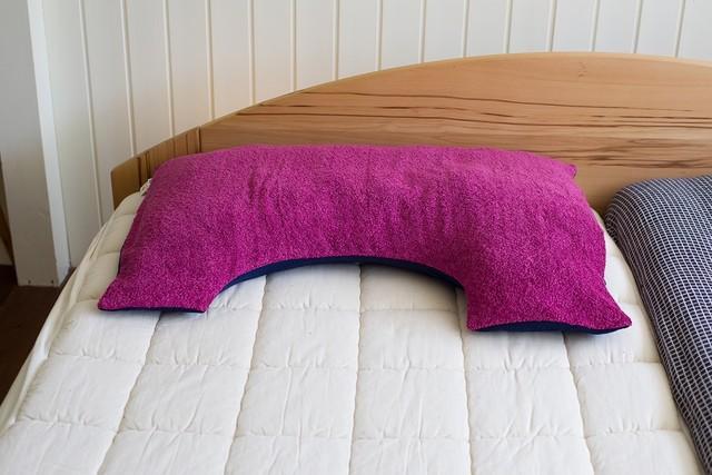 【Hippopotamus(ヒポポタマス)×眠家】U字 枕カバー(ビッグサイズ/片面ロングパイル×片面ガーゼ)
