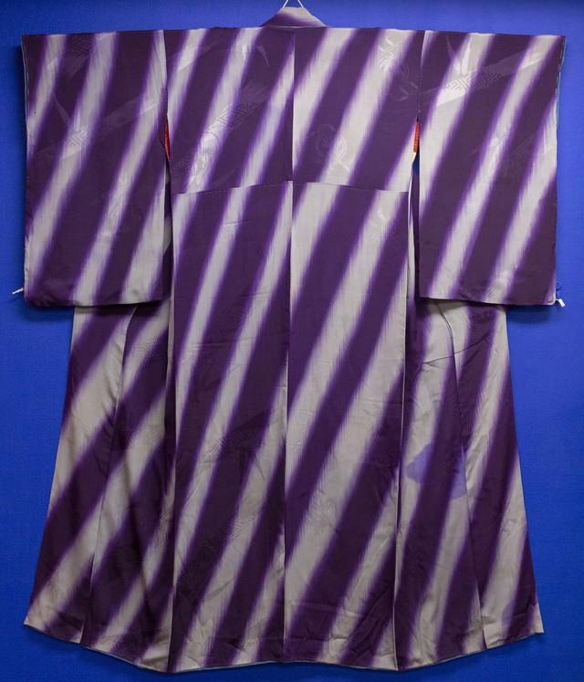 紫斜め縞小紋