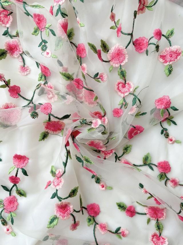 インド刺繍布チュール花ライトオリーブ【100cmカット済】
