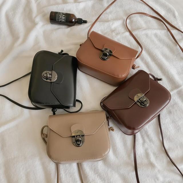 【送料無料】 便利なミニサイズ♡ レトロ ショルダーバッグ ポシェット PU フェイクレザー 肩掛け 鞄