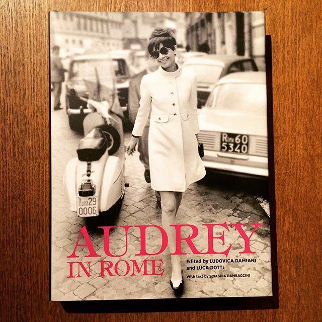 オードリー・ヘプバーン写真集「Audrey in Rome 」 - メイン画像