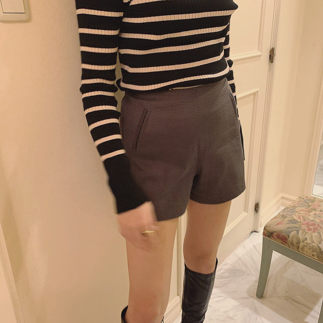 11/20 NEW check short pants