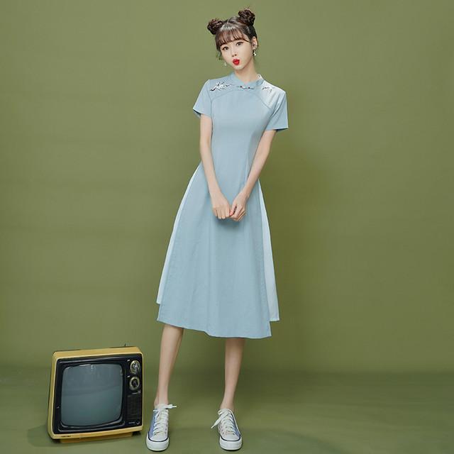 【XIANGSHUシリーズ】★チャイナドレス★ アオザイ 半袖 ロング丈 大きいサイズ ブルー 青い 刺繍