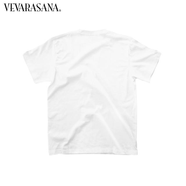 VEVARASANA®︎ シンプルロゴTシャツ
