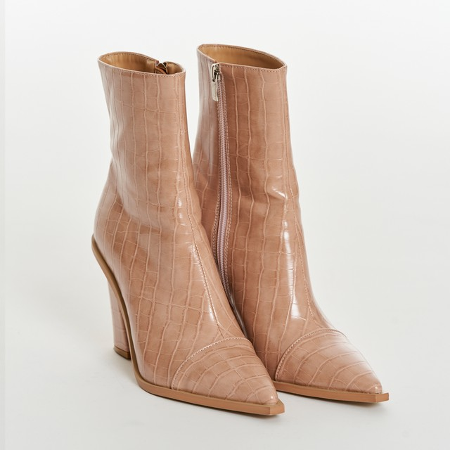 Croco Embossing Boots