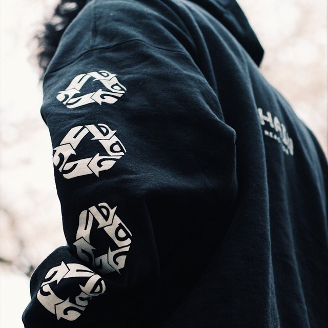 "《60%OFF》ZIP HOODIE ""CHAIN REACTION"""