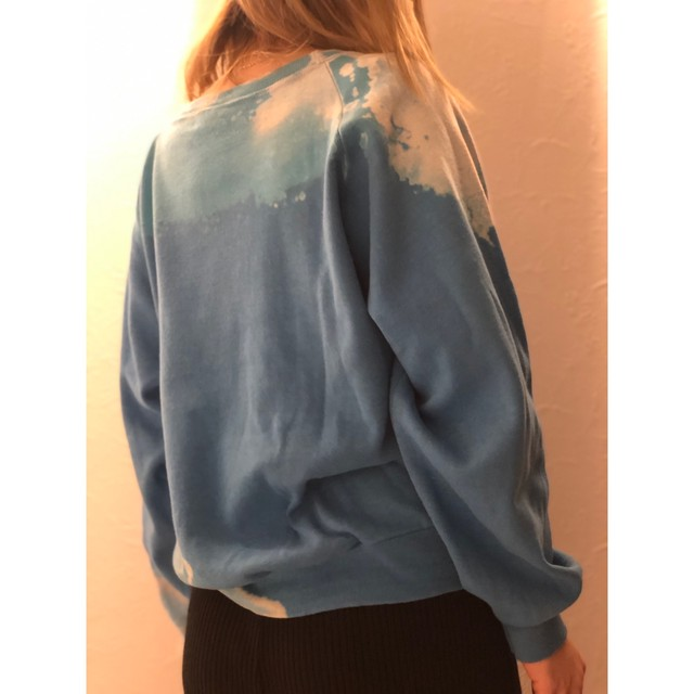 HIRAETH original bleach tye-dye sweat BLUE
