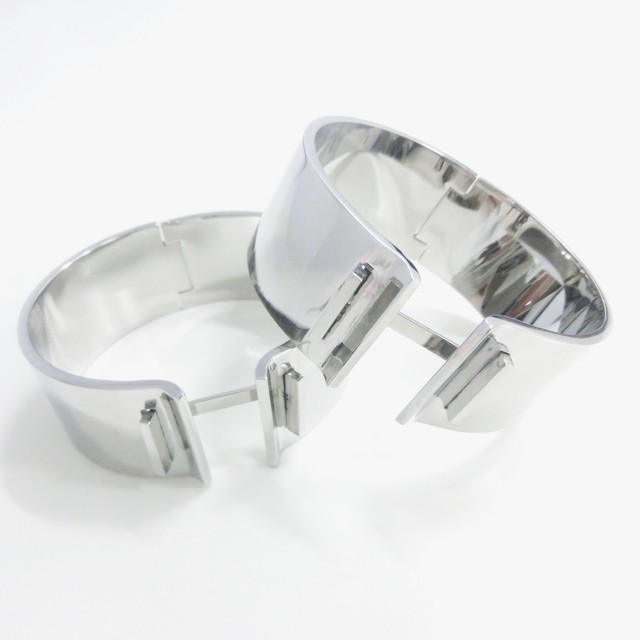 【 UNSEABLE 】Connect bangele /  Stainless steel