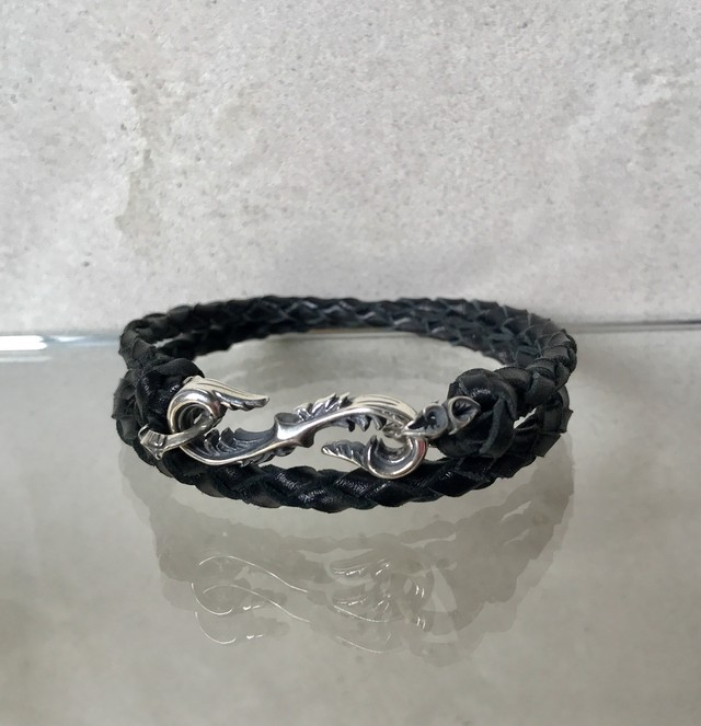 Arabesque S-shaped bracelet(classic roo lace)black