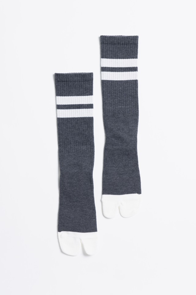 Signature Socks(Charcoal × White)