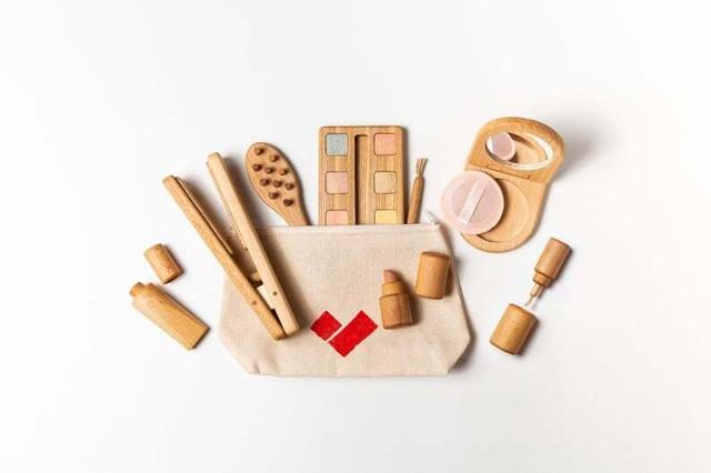メイク お化粧 キット☆~ 木製 モンテッソーリ 木のおもちゃ