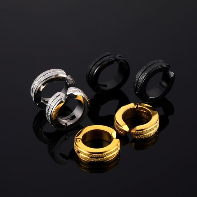 ダブルラインにキラキラ加工!シンプルな中に豪華さ満点のメンズイヤリングfp-rt-016~018