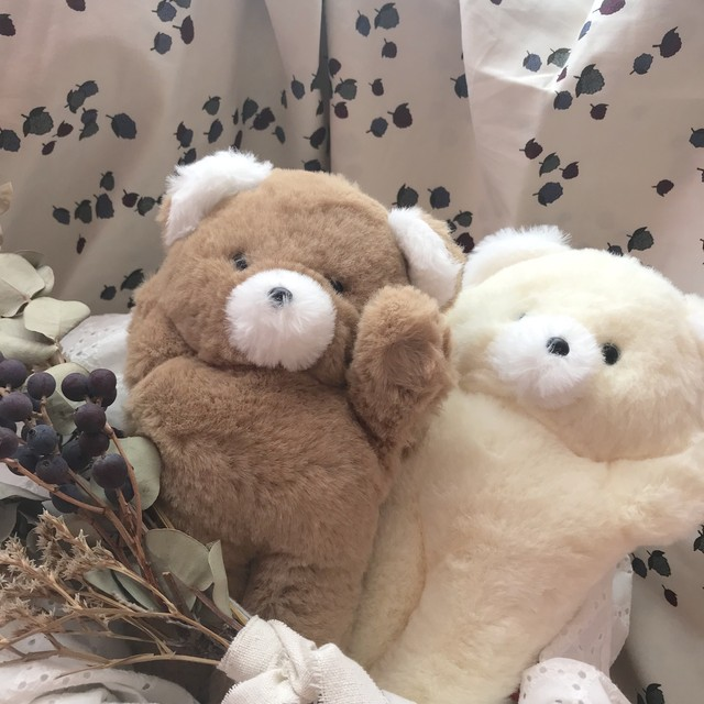 Les petites maries/Ours hochet CAMILLE
