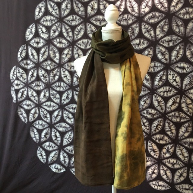 Hand Dyed Himalayan Cotton Scarf-Navy ヒマラヤンネイビー コットン