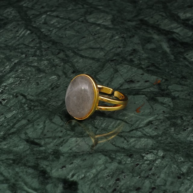 OVAL BIG STONE RING GOLD 012