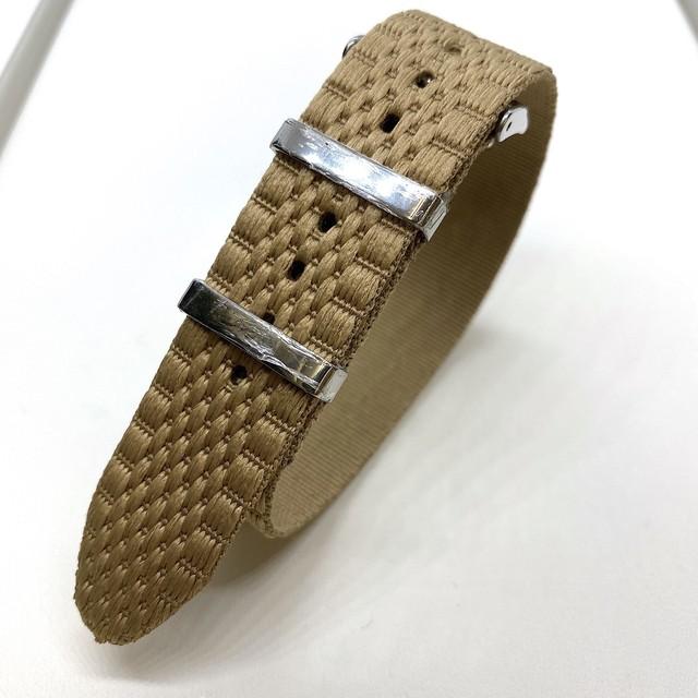 ジュビリー シングルパス(引き通し) ナイロンストラップ カーキ 20mm 腕時計ベルト