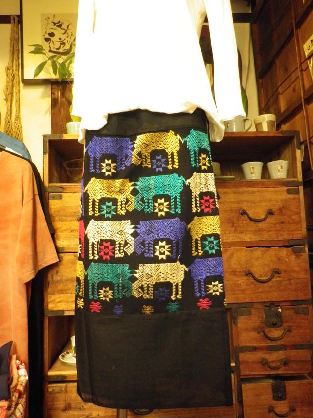 織物・巻きスカート3種類(ラオス)