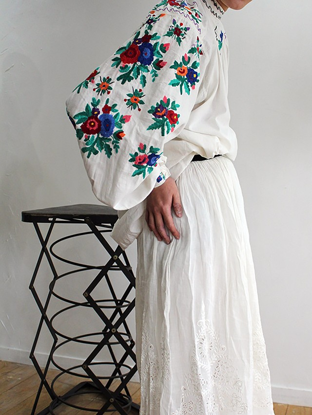 1940's cotton Embroidered Smock
