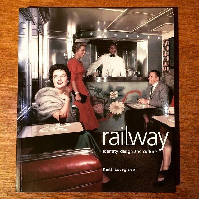 鉄道の本「Railroad/Laurence King」 - メイン画像