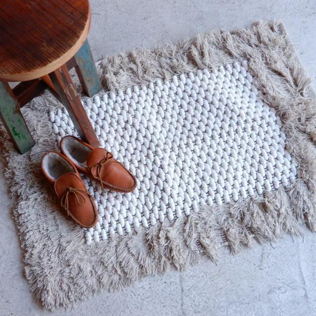 TOPANGA INTERIOR 手織りのコットンスモールマット セフル 60×90cm