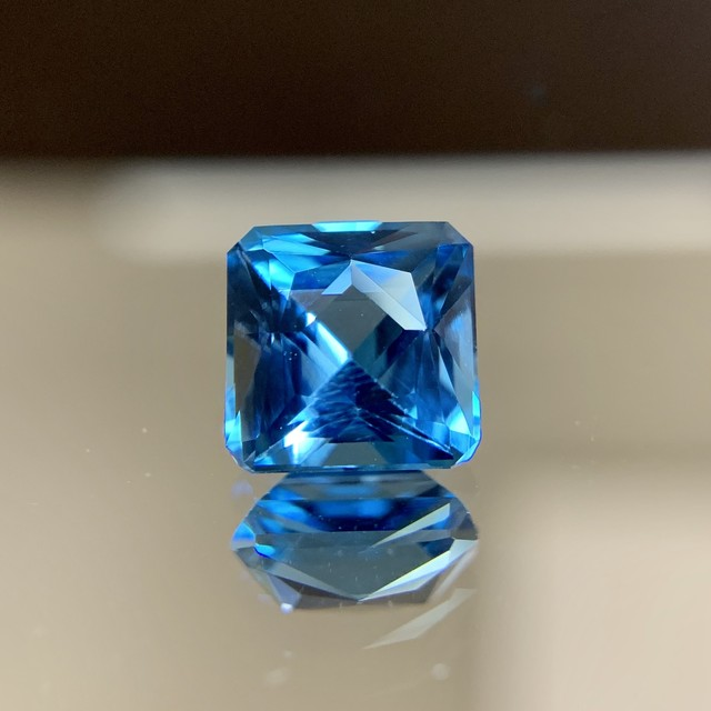 トパーズ 2.707ct ブルー 簡易ソーティング付き No.110