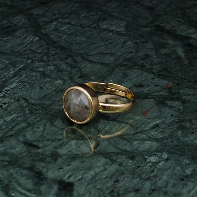 BIG LABRADORITE RING 001