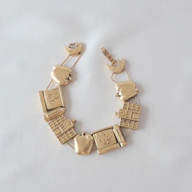 The Feminine Wrist ~ The  Bracelet Collection Edition 8 3