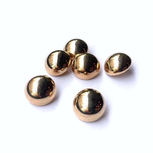 シンプルゴールドボタンS