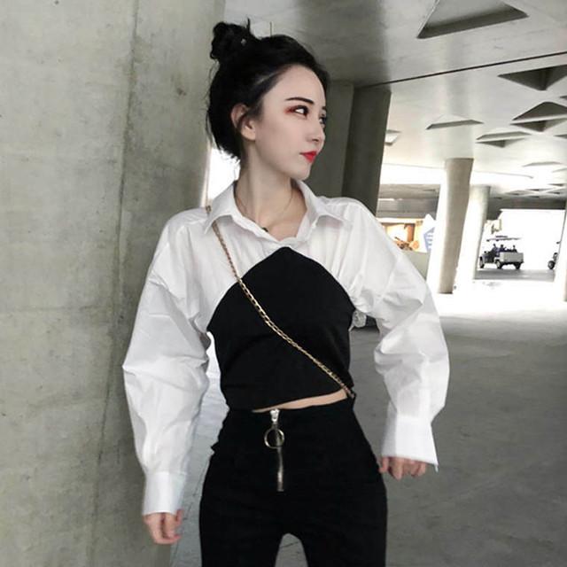 シャツ トップス スタイルアップ シンプル 大人っぽい ショート丈 タイト 春 夏 1578