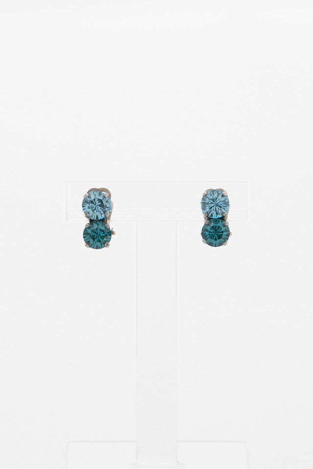 【Run Rabbit Run Vintage 】Blue glass earring