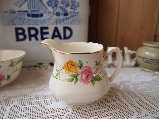 イギリスアンティーク 陶器製クリーマー
