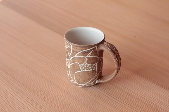 象嵌マグカップ「椿」 岡美希