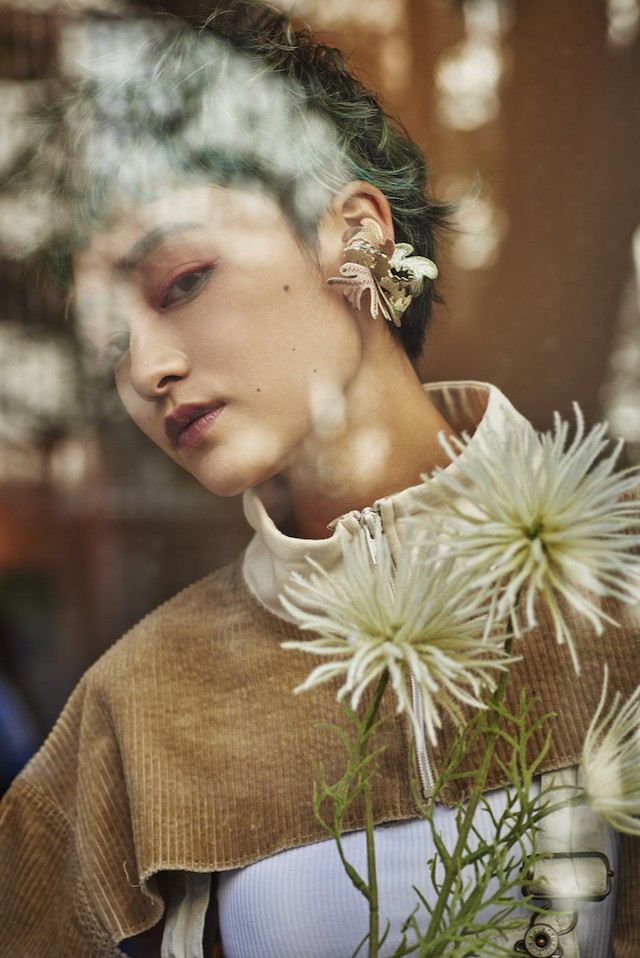 ARRO / Embroidery earing / Wetland / beige