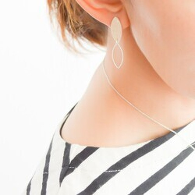 double vertical leaf pierces/earrings