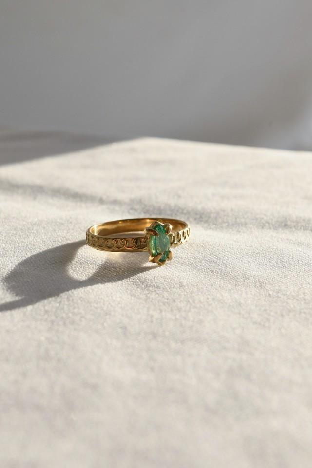 K18 Emerald Design Ring MQ 18金エメラルドデザインリング (マーキス・カット)