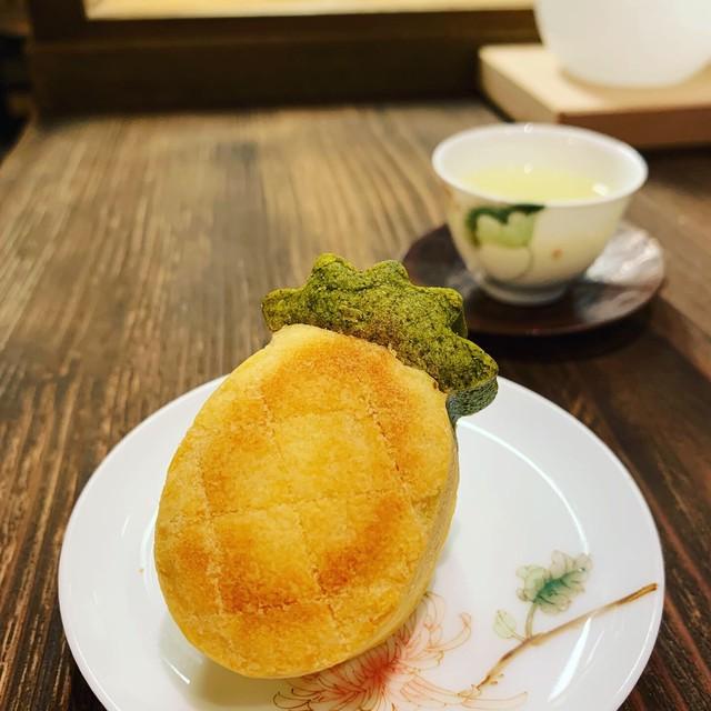 蓮月庭パイナップルケーキ プーアル茶葉入り