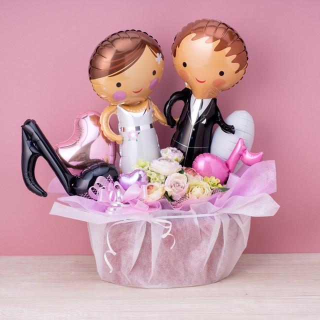 結婚式をイメージした新郎新婦ペアバルーン