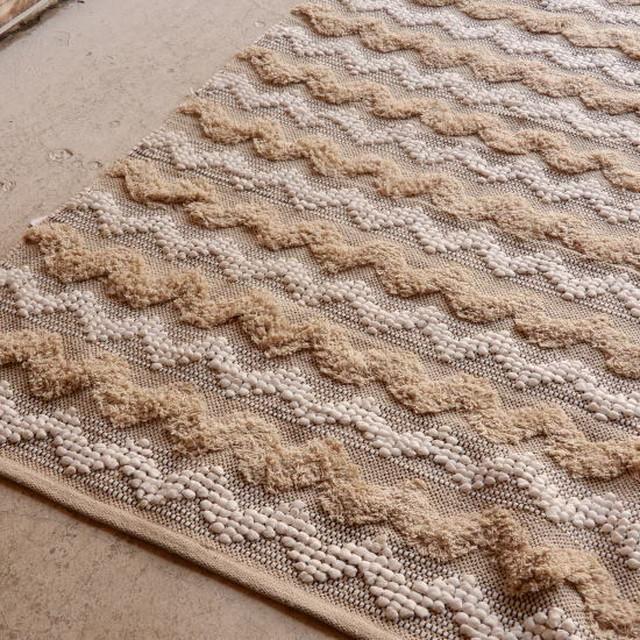 TOPANGA HOMEFURNISHING 手織りのコットンフロアラグ ベルカン 140×180cm