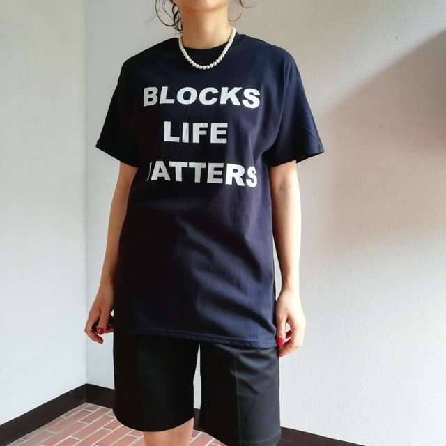 BLOCKPHOTO (MESSAGE TEE)