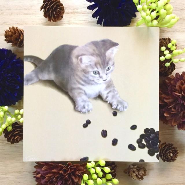 絵画 インテリア アートパネル 雑貨 壁掛け 置物 おしゃれ 猫 動物 コーヒー豆 コーヒー デジタルアート ロココロ 画家 : rune 作品 : コーヒー豆と猫