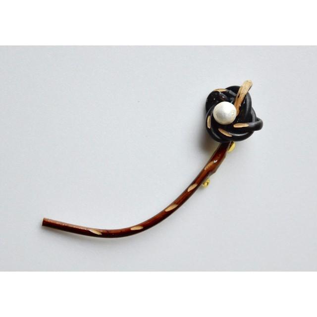 ita shiori 【 Nobana  brooch - brawn - 】 handmade / rattan / ノバナブローチ / 籐 / いたしおり /  japan