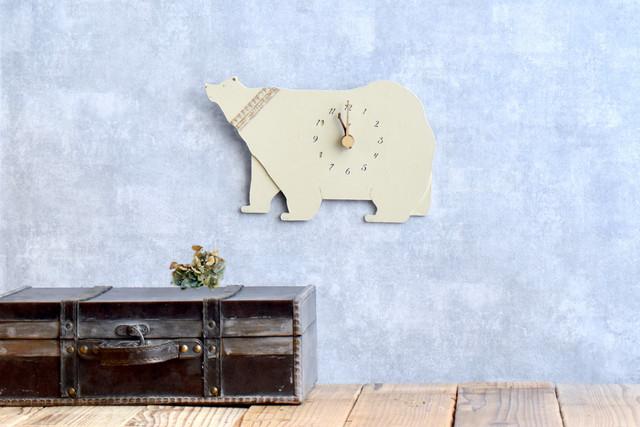 シロクマの時計 木製 掛け時計