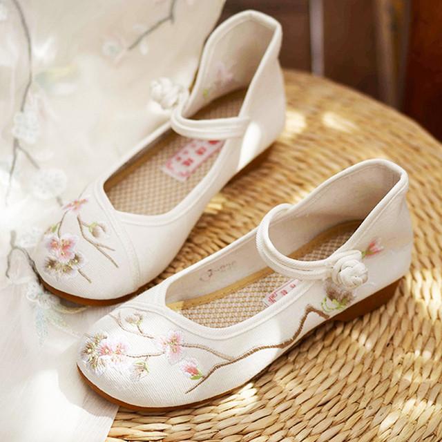 刺繍靴 手作り靴 チャイナ靴 中国風靴 中国風ボタン 唐装漢服シューズ 民族風 レトロ  35 36 37 38 39 40  ホワイト 美品
