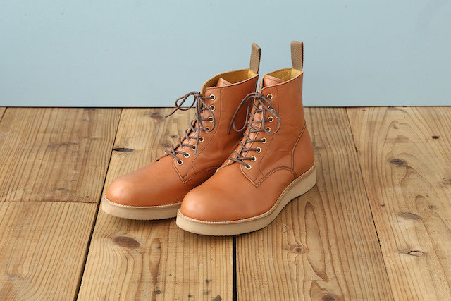LACE UP BOOTS (WEDGE SOLE)